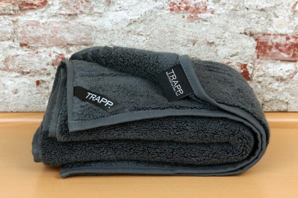 TRAPP. Handtuch anthrazit