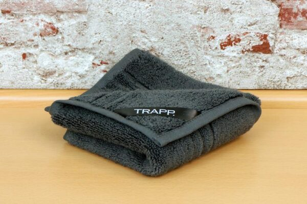 TRAPP. guest towels anthracite