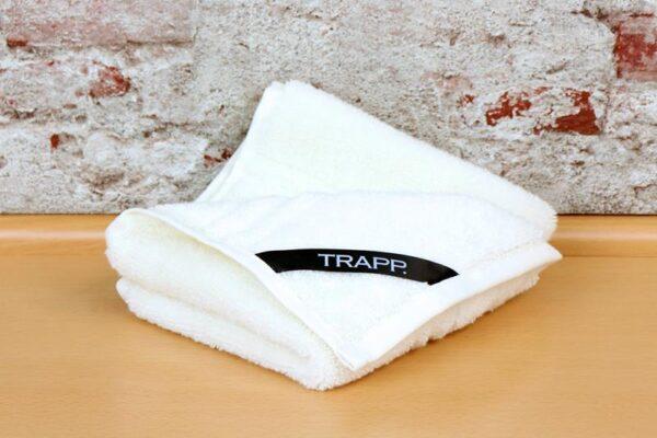 TRAPP. guest towels ecru