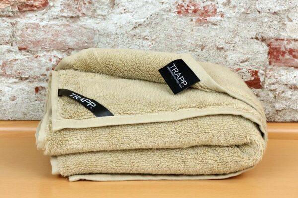 beige handdoek